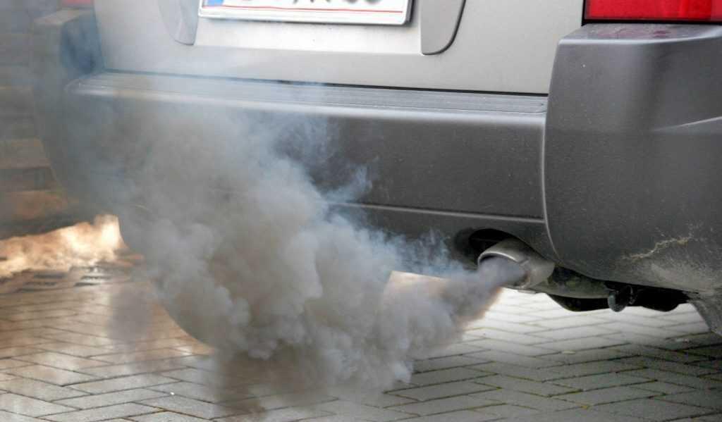 Coronavirus, secondo alcuni ricercatori l'inquinamento atmosferico avrebbe favorito la diffusione del Covid -19 - AUDIO