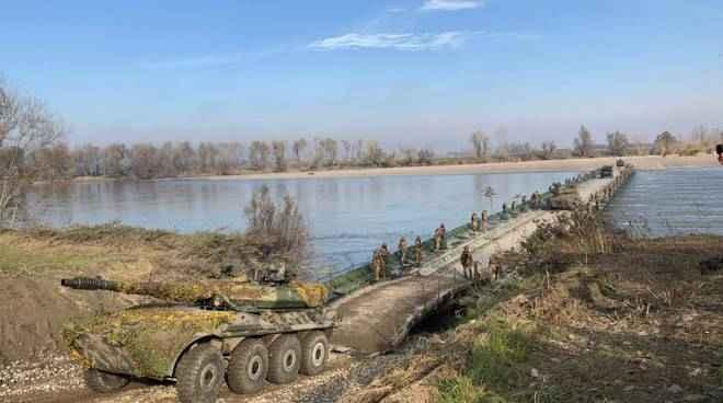 Maxi esercitazione sul fiume Po