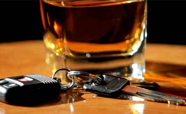 Alla guida ubriaco