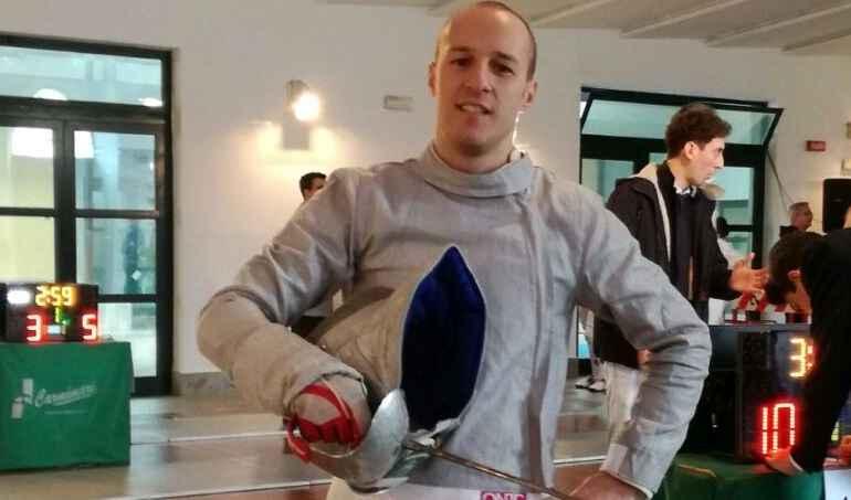 Francesco Monaco, terzo al Master di Bologna, sciabola
